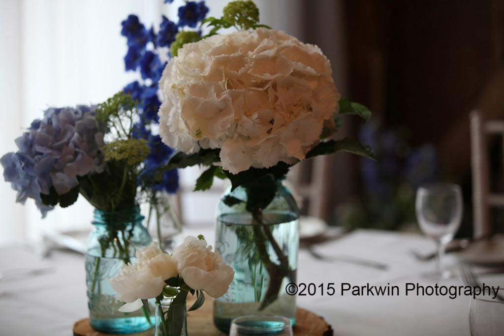 wedding_ table_ flowers
